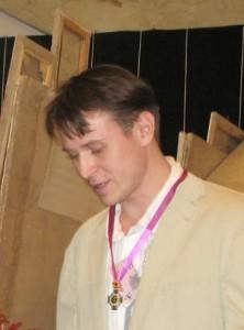 Антон-Ананьев-222x300