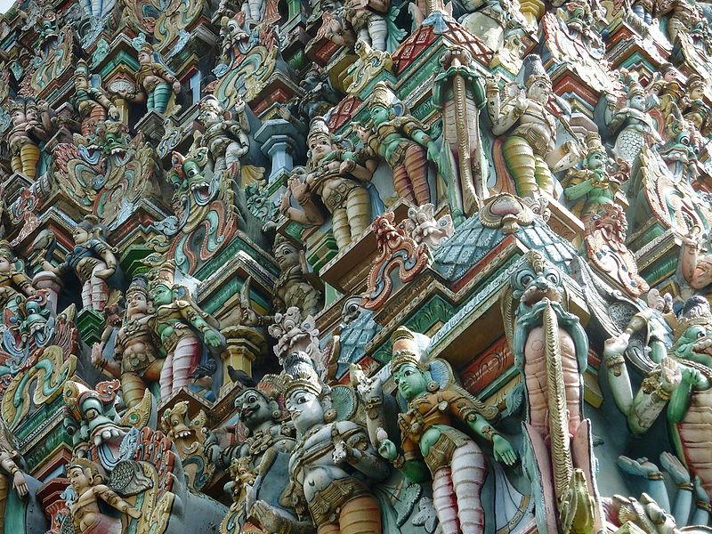 800px-madurai_gopuram_sculptures