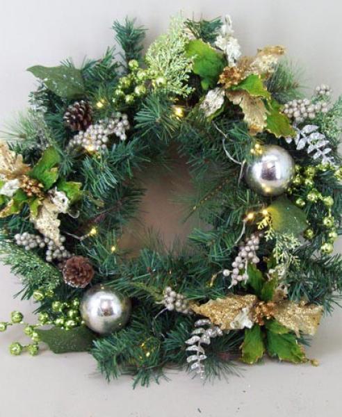 large-prelit-christmas-wreath-lime-velvet-poinsettias-14x040-600x6001