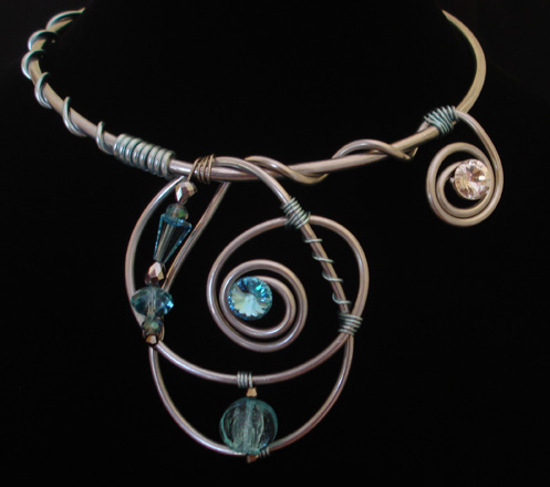 abstract-wire-necklace-with-swarovski-crystals-2013-n13-150