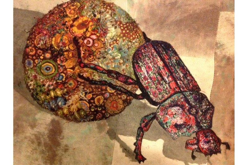 dung-beetle-sophie-standing-art-01_big