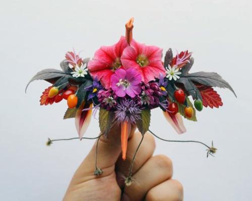 origami-enthusiast-cristian-marianciuc-makes-mini-paper-cranes-with-character-designboom-02
