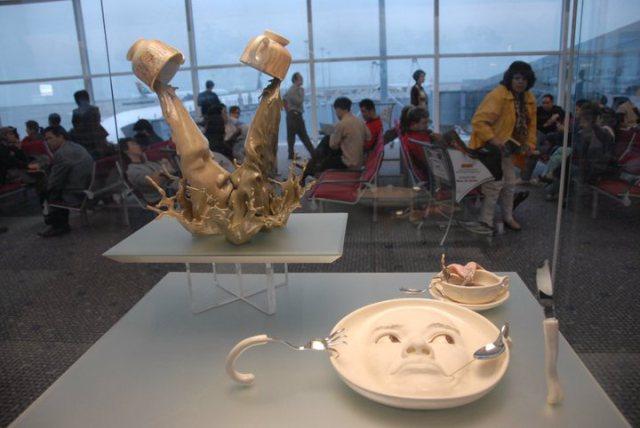 visages-eclaboussure-Johnson-Tsang-cascades-liquides-céramique-1
